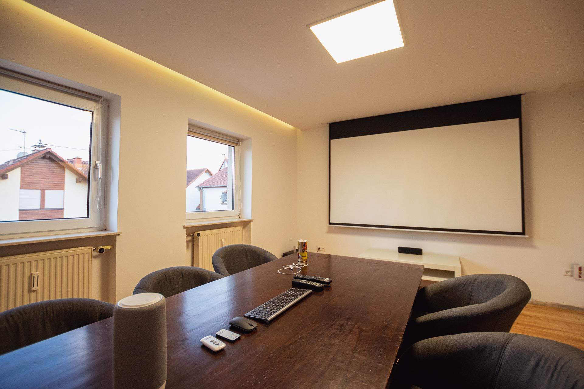 BOTSCHAFT.digital - Innenansicht Besprechungszimmer